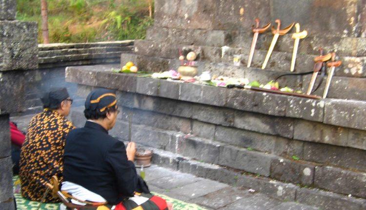 Animisme dan Dinamisme dalam Budaya Jawa 750x430 1
