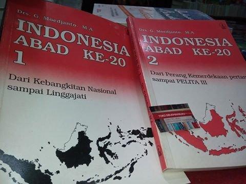 INDONESIA ABAD 1 DAN 2 BUNDEL