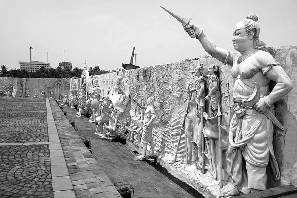 sosok prabu brawijaya v sang raja majapahit berselimut misteri 161126f