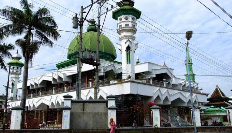 masjid jami 750x430 750x430 1