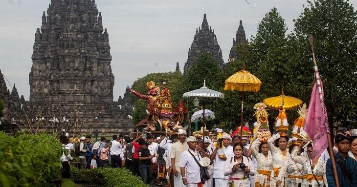 Bagaimana Pengaruh Budaya India di Indonesia